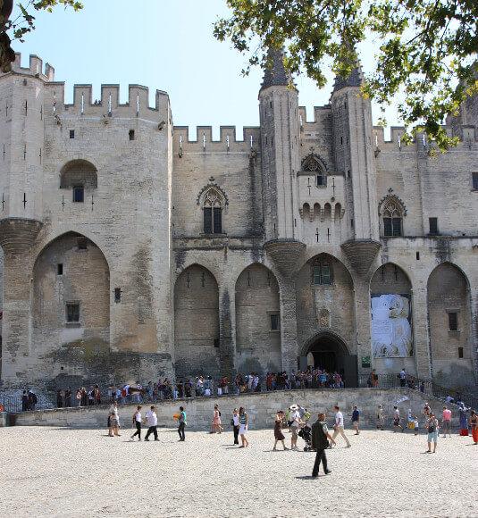 Des trésors de la Romanité aux monuments et chefs d'œuvre du Moyen-Age inscrits à l'UNESCO, vous en prenez plein les yeux ! - ©HOCQUEL A.